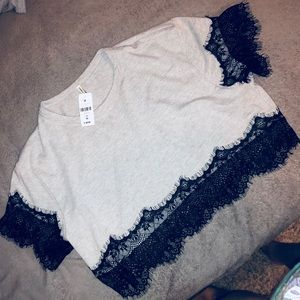 Emma and Sam crop tee with lace